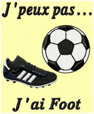 Motifs de broderie machine paire de chaussure de foot et ballon