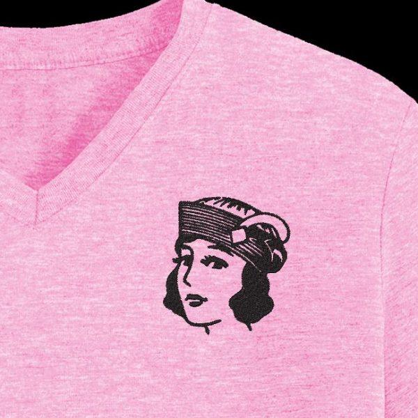 fille vintage avec un chapeau motif de broderie machine gratuit