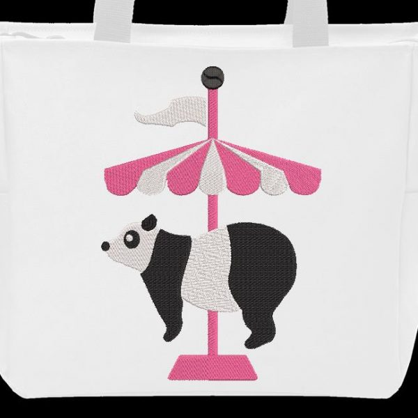 Motif de broderie machine panda circus qui représente un joli panda sur un carrousel