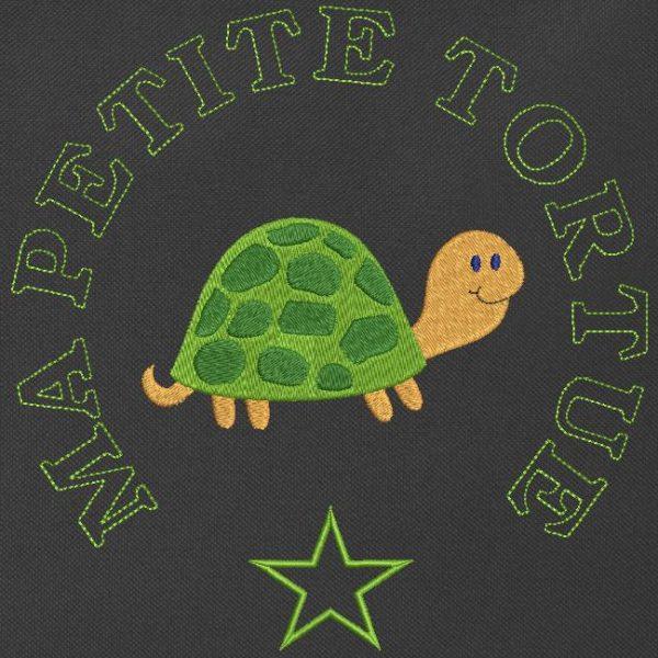Motif de broderie machine ma petite tortue toute mignonne