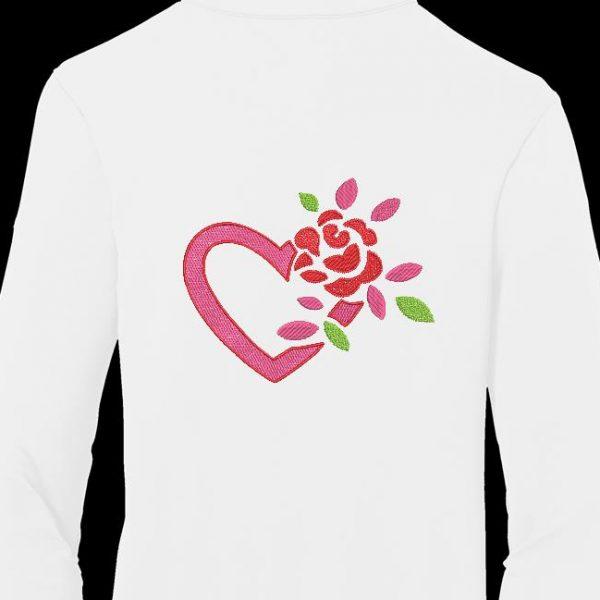 Motif de broderie machine cœur et rose .