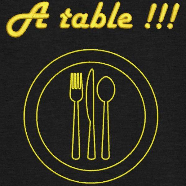 Motif de broderie machine à table !!!