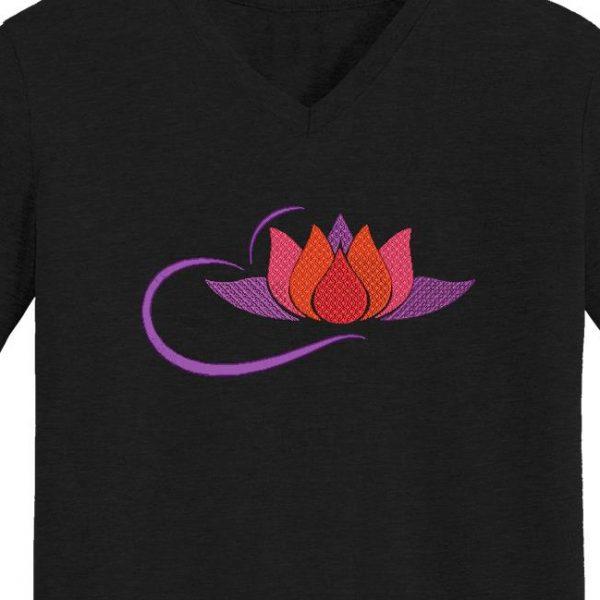 Motif de broderie machine fleur de lotus 4 avec des arabesques