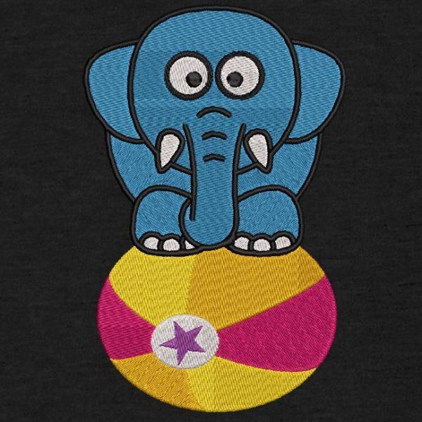 Motif de broderie machine d'un éléphant sur un ballon.