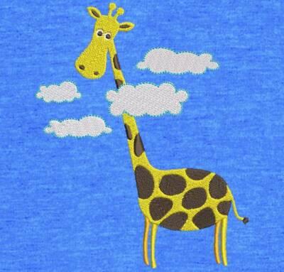 Motif de broderie machine girafe la tête dans les nuages. cadre: 10 x 10 / 13 x 18 . Formats des fichiers dans votre téléchargement PES,CSD,EXP,HUS,SHV,VIP,XXX,DST,PCS,VP3,EMB,JEF… Téléchargement immédiat après votre paiement et aussi disponible dans votre compte.